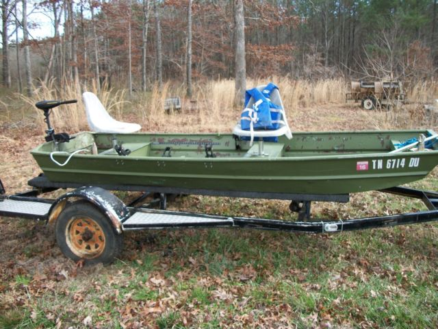 12 FOOT JON BOAT AND TRAILER WITH TROLLING MOTOR for sale in Leoma