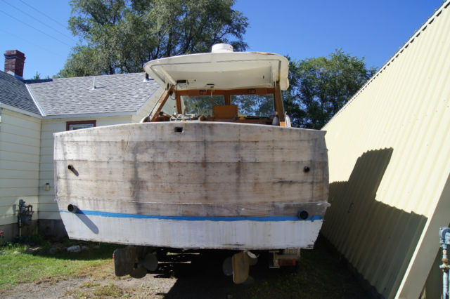 1962 chris craft constellation 32 ft wood boat restoration for Chris craft boat restoration