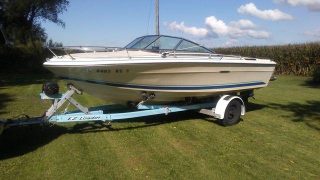 1977 19' Sea Ray bowrider for sale in Plano, Illinois, United States