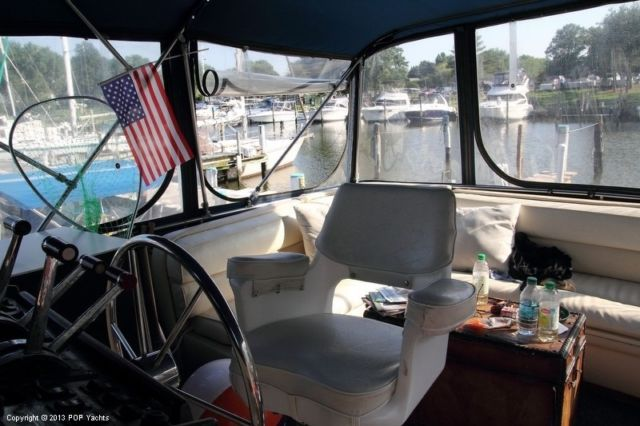 1983 Chris-Craft 381 Catalina Used for sale in Chester