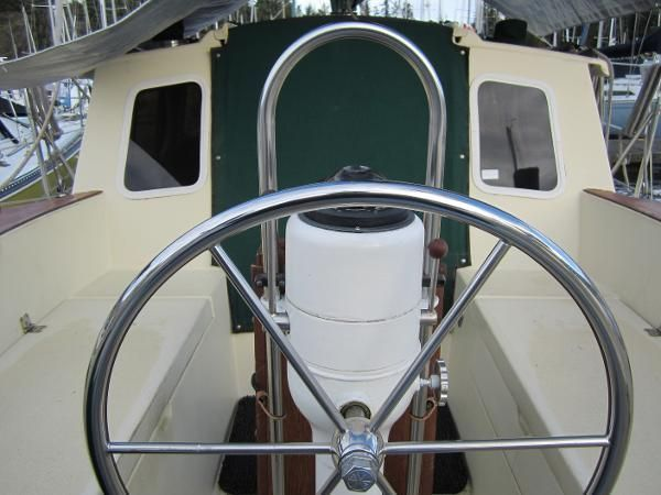 1985 Gulf 32 Pilothouse Sailboat - Motosailer for sale in Victoria