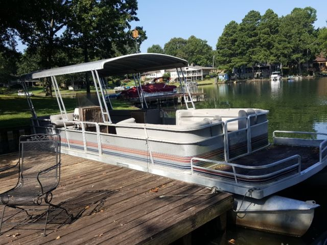 1989 Heritage 28 Pontoon Boat For Sale In Memphis