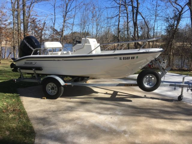1999 Boston Whaler Dauntless