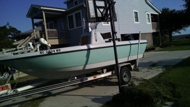 20 Ft Hydra Sport Bay Boat With Mercury Outboard Motor