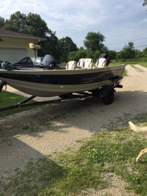 2001 smokercraft millentia 161 deep v fishing boat for for Used fishing boats for sale in iowa