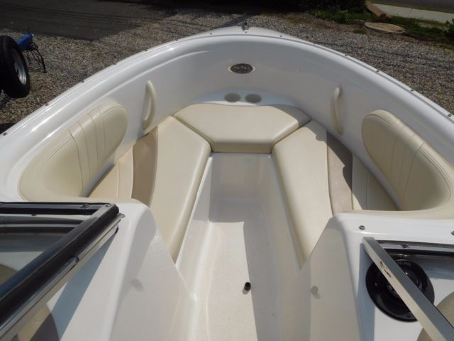 2003 Chaparral 180 Ssi For Sale In Brookfield Connecticut