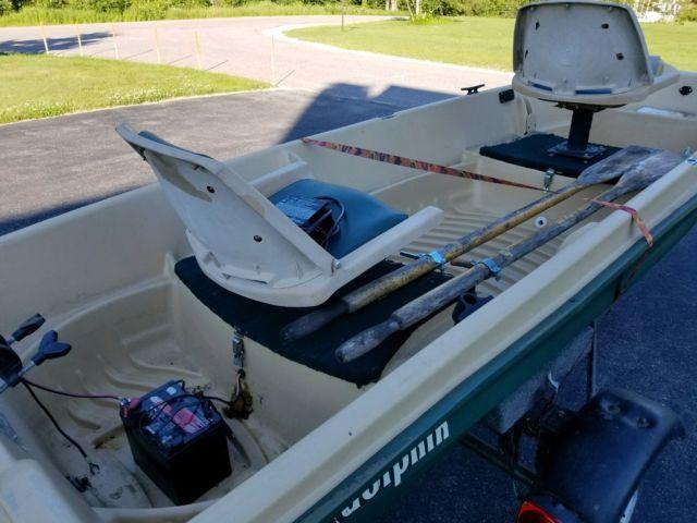 2004 Sun Dolphin 12' Jon Bass Boat 36lb Minn Kota Motor Trailer No