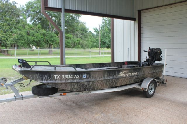 2009 Pro Drive Shallow Water Boat With 36 Hp Vanguard