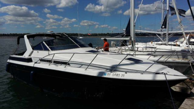 32 Foot Chris Craft Motor Boat Yacht Class For Sale In Buffalo New
