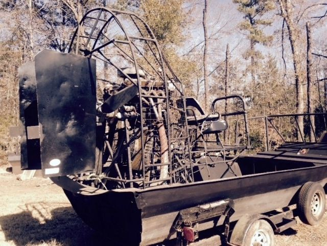 "AIRBOAT 15'6"", CADILLAC MOTOR, NEW 7/16"" POLYMERE BOTTOM, SEN SENICH"