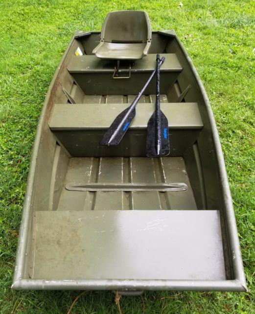 Alumacraft 10 39 jon boat flat bottom bass fishing duck for Flat bottom fishing boats