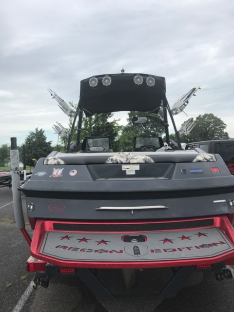 Axis Recon Edition Wake Boat For Sale In Vonore Tennessee