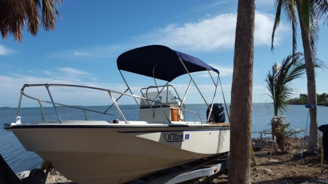 Boston Whaler 18' Outrage *** NO RESERVE *** for sale in Key