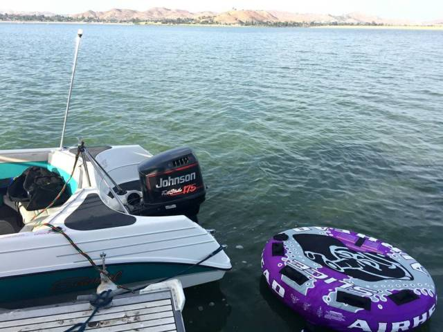 Seaswirl 195 se runabout ski wakeboard fish boat with for 13th floor wakeboard tower