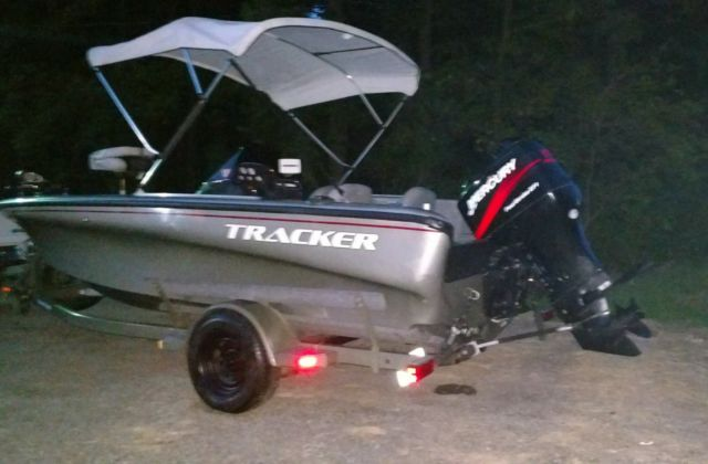 TRACKER TUNDRA 18 BOAT WITH 115HP EFI MERCURY 4-STROKE ...