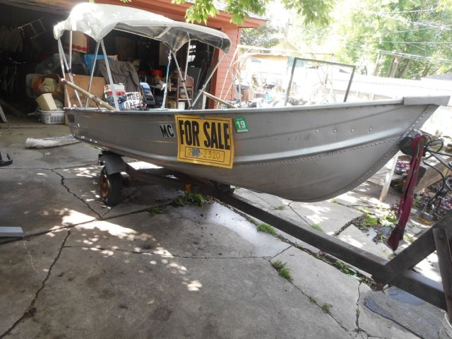 Used aluminum fishing boat 5 hp outboard motor n electric for 12 foot fishing boat