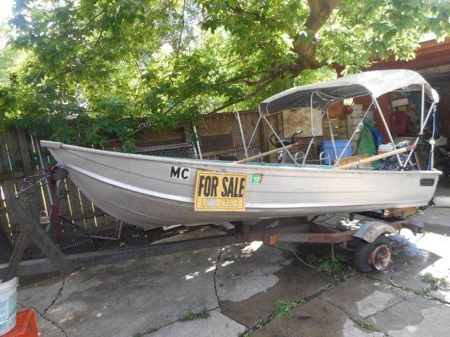 Used aluminum fishing boat w gas outboard motor n electric for Used aluminum fishing boats for sale in michigan
