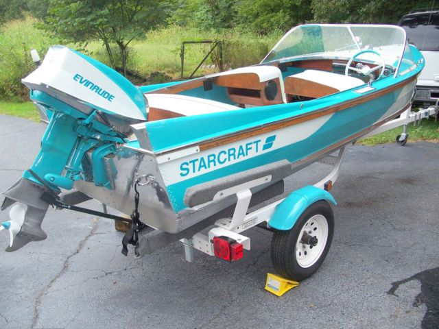 Vintage 1959 starcraft 15 39 runabout restored a classic for Runabout boats with outboard motors