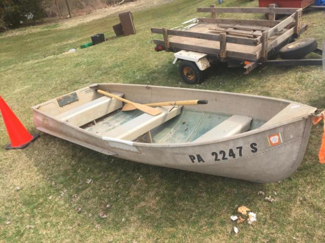 Vintage sears 11 39 aluminum boat w wood oars pair set for 12 foot fishing boat